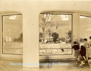 Hershey Park conservatory was renovated as an enclosure for the zoo's birds in the 1930s. 1934