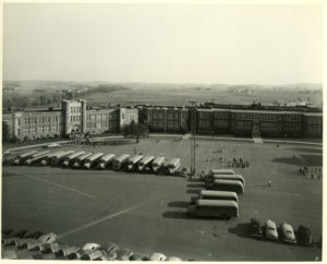 Purchasing school busses, 1940
