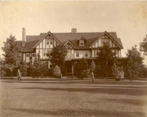 Murrie residence on East Chocolate Avenue, 1913