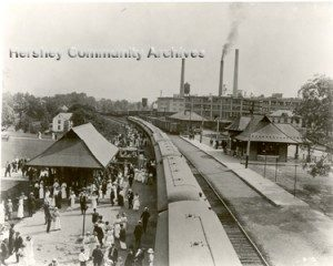 West bound train arrives at Hershey railroad station. ca.194-1920