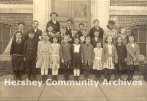 Class portrait, Derry Township School District, ca. 1920-1930