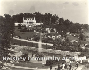 High Point grounds were open to visitors as a public garden. 1913