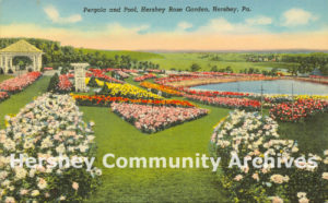 """""""Pergola and Pool, Hershey Rose Garden, Hershey, Pa."""" 1938 (Curt Teich and Company, Chicago, Illinois [8AH1648])"""