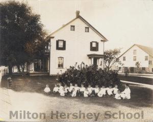 Hershey Industrial School boys in front of Kinderhaus, 1912
